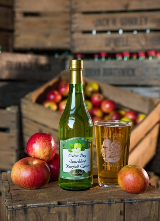 Extra Dry Premium Cider | Whin Hill Norfolk Cider, Wells-next-the-Sea | Purchase Traditional Norfolk Cider, Perry & Apple Juice Online